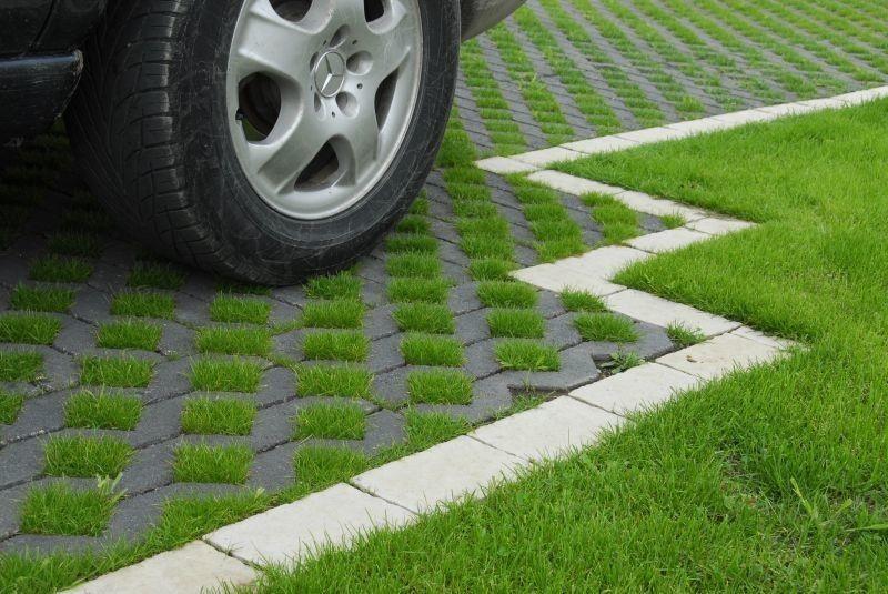 Pavarea nu înseamnă eliminarea spațiilor verzi