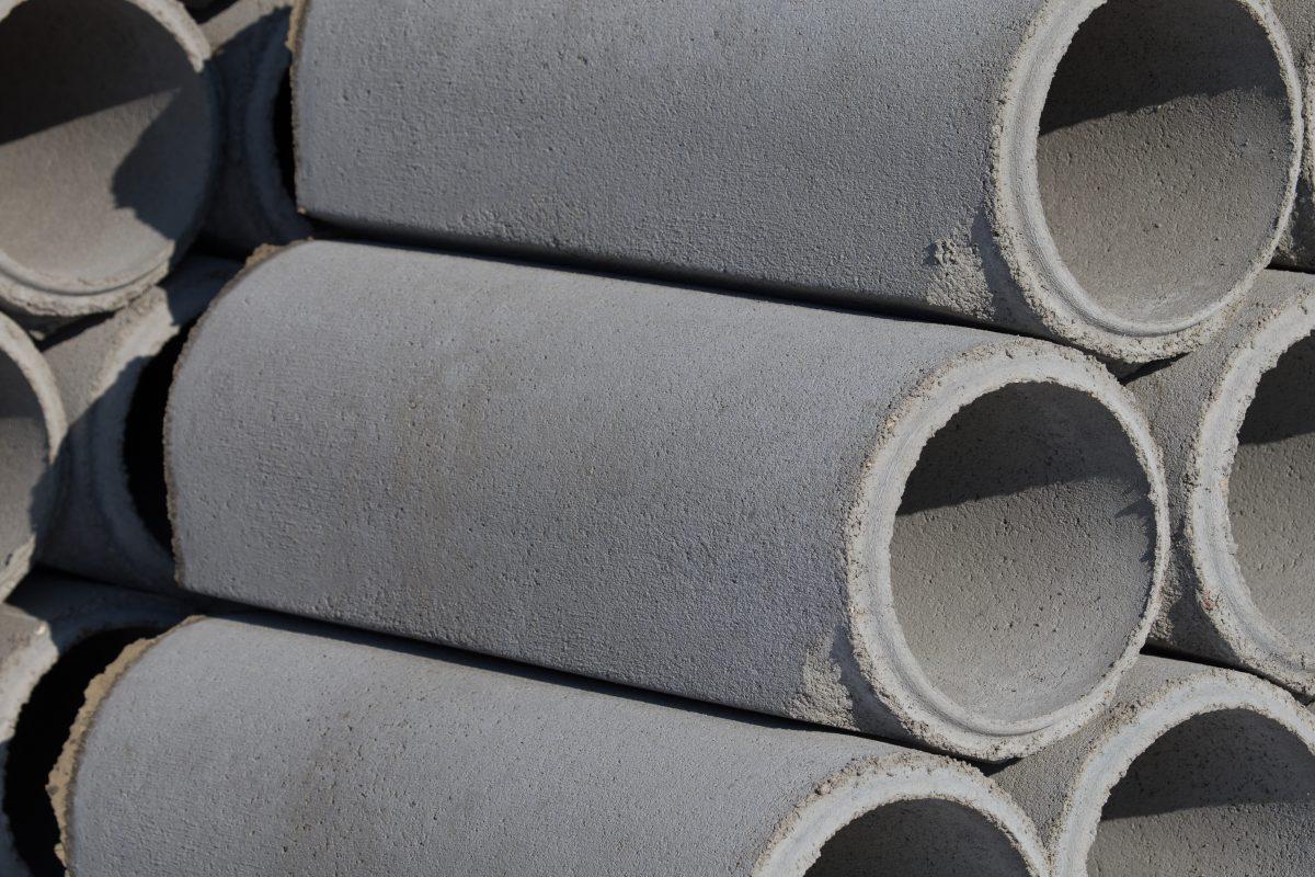 30.Tuburi cu mufa din beton armat 2 elis